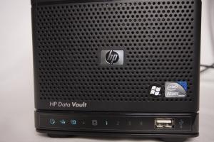 HP X310 Data Vault front panel
